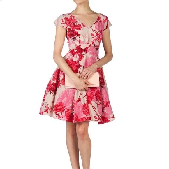 880894d3bcaaa Ted Baker Cissi Floral Cocktail Dress Size 1 US 4.  M 5ac469e6d39ca2a555eadb57